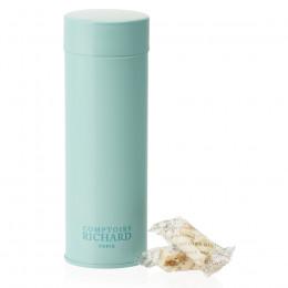 Boîte métal laquée à thé bleu glacier garnie de nougats vanille suremballés 100g
